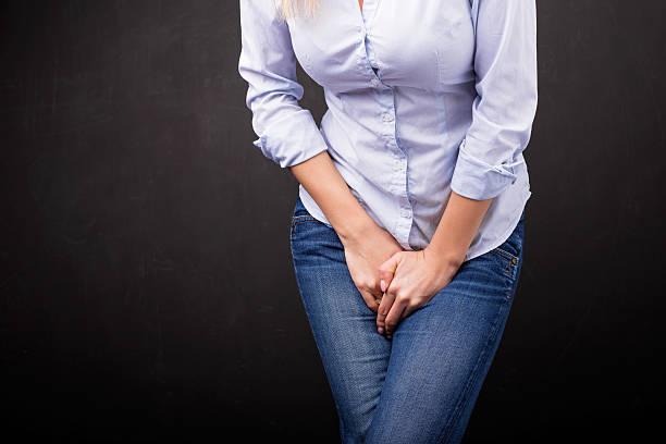 mujer con incontinencia urinaria